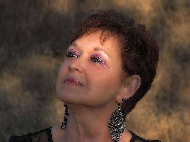 vinculan la menopausia con el alzhemer