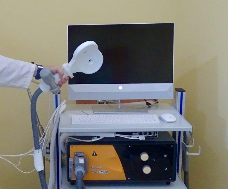 La Estimulación Magnética Transcraneal es una técnica no invasiva que ha demostrado su eficacia en el tratamiento de enfermedades neuropsiquiátricas y neurológicas muy diversas
