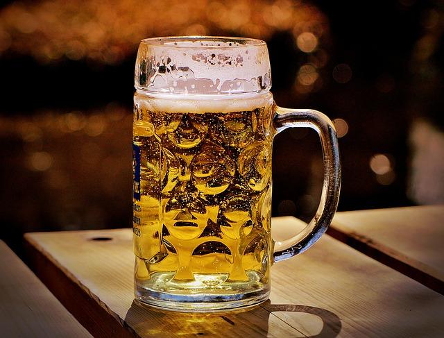 Estudios recientes certifican el aumento durante el confinamiento del consumo de alcohol, tabaco e ingesta compulsiva de comida. Unos de los principales factores de riesgo de ictus