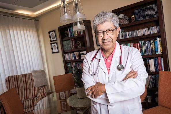 """El Dr. Antonio Alayón nos habla en este artículo, de un nuevo fármaco """"KYNMOBI"""", indicado para la enfermedad de parkinson"""