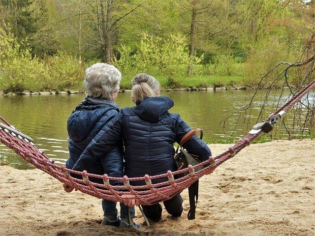 Con este artículo queremos responder a muchas consultas que nos están llegando sobre el rechazo a los cuidadores por el paciente de alzheimer