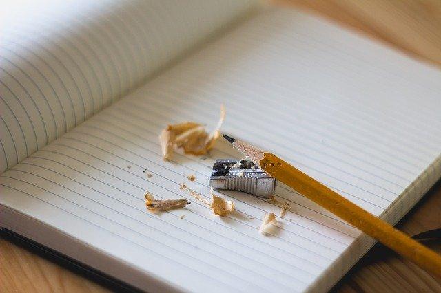 escribir a mano contra el deterioro cognitivo y alhzeimer